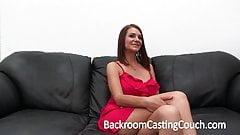 casting de cul d'une jolie amatrice à gros seins